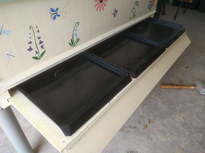 Oil trap drawer
