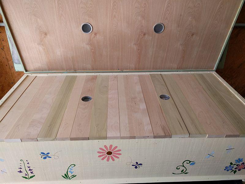 Screened vents in hood bottom