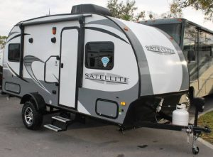 Starcraft Satellite 16KS Travel Trailer